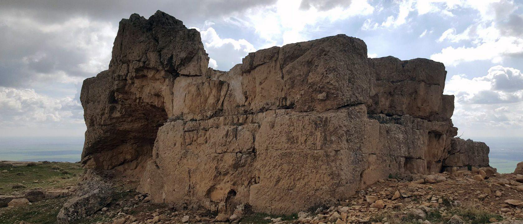 """Kız kalesi (""""Woman's fortess"""") near Mardin"""