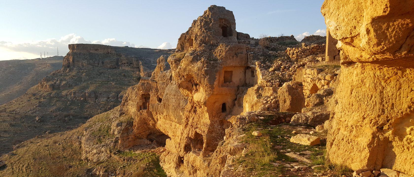 Заброшенный ассирийский монастырь под Мардином