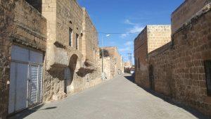 Пустынные улочки в старой части города