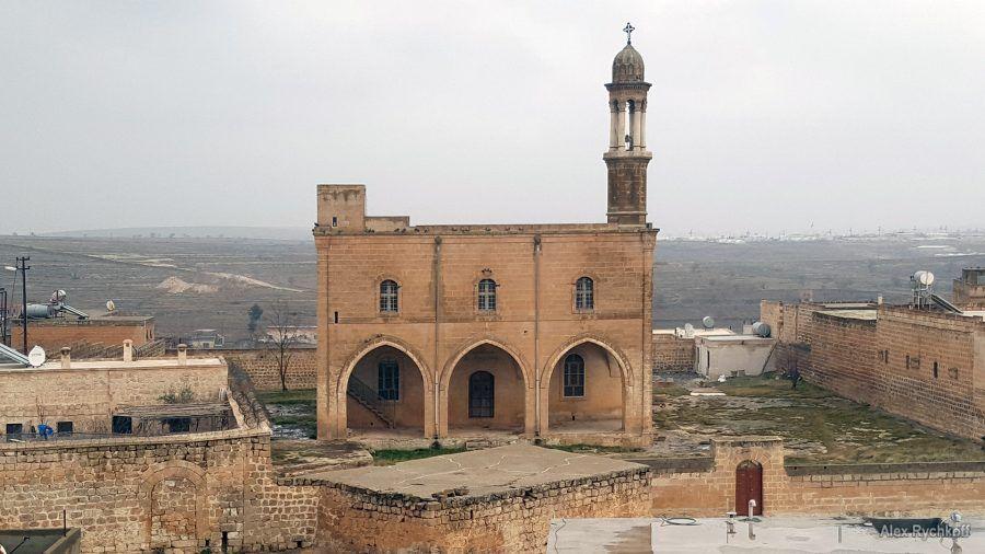 Церковь Мор-Шарбел (Mor Şarbel Kilise)