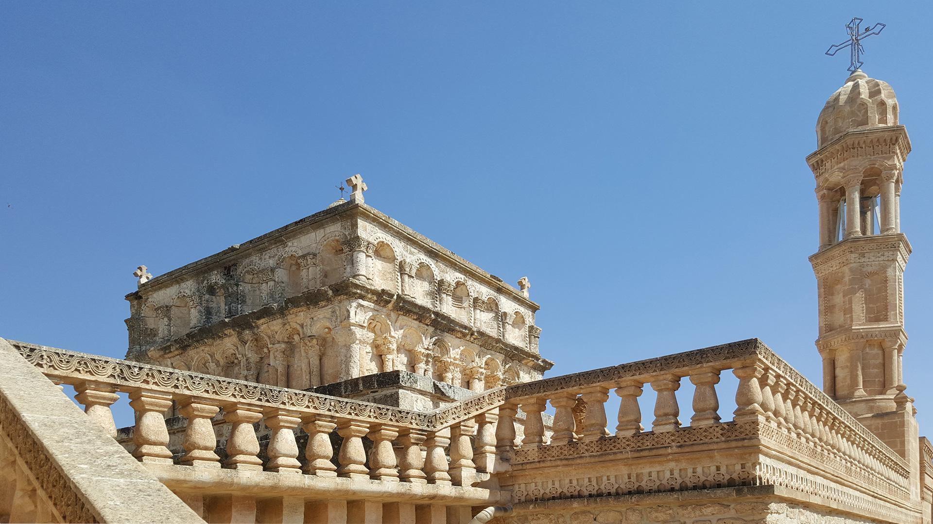 Непередаваемой красоты монастырь Девы Марии в окрестностях Мидьята